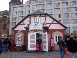 Beschäftigung für die Kleinen auf dem Strietzelmarkt in Dresden