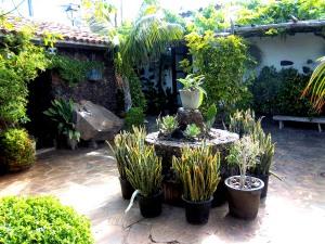 Der bezaubernde Innenhof des Töpfermuseums Arguayo in Giua de Isora