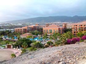 Die Hotelanlage des H10 Costa Adeje Palace