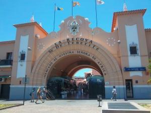 La Recova, Einkaufszentrum im maurischen Stil