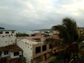 Blick von der Dachterrasse des Hotels