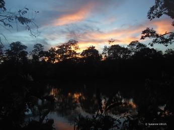 Sonnenuntergang an der Liana Lodge