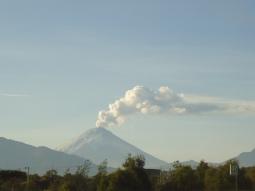 Der höchste Berg von Ecuador ist ein derzeit aktiver Vulkan