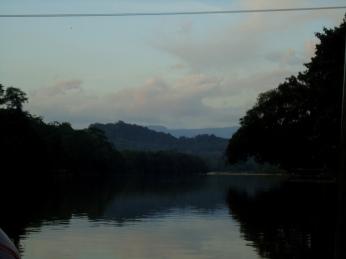 Blick Flussabwärts Richtung Amazonasbecken