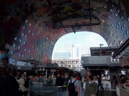 Innenansicht der Markthalle