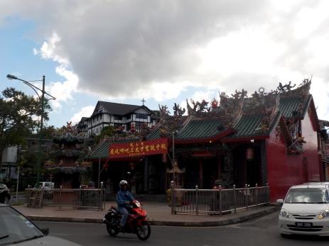 Noch einer der vielen chinesischen Tempel