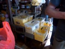 Butterangebot auf der Gambir Spice Straße