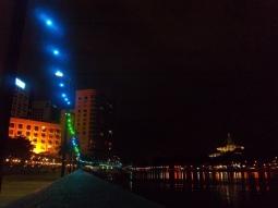 Die Waterfront am Abend