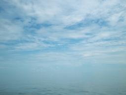 """Der """"Meerizont"""": Fließender Übergang zwischen Meer und Himmel"""
