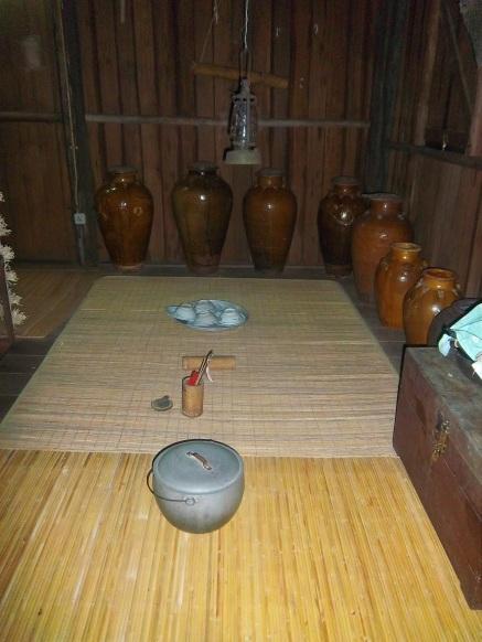 Aufbewahrungsgefäße der Dayak
