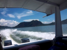 Mit dem Schnellboot über die Sulusee