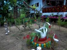Gartenkunst aus Autoreifen
