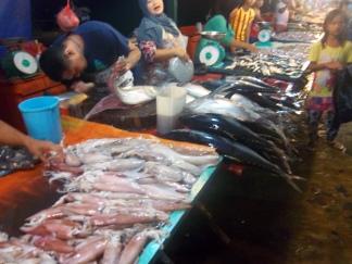 Die Fische werden auf Wunsch auch filetiert