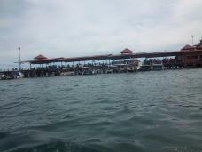 Jesselton Ferry vom Wasser aus