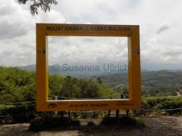 Passender Rahmen: Leider lässt der Mount Kinabalu sich heute nicht blicken