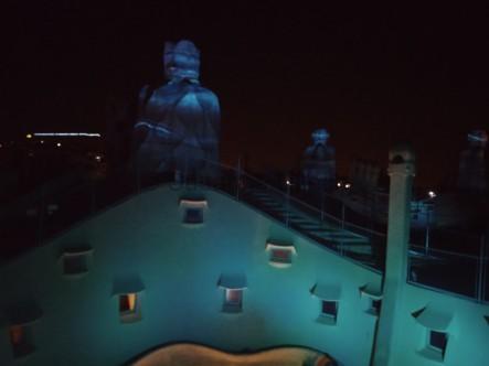 Nächtliche Lightshow auf dem Dach