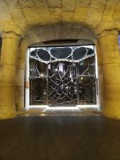 """""""Das Tor zur Hölle"""" nannte meine Freundin das. Aber es ist """"nur"""" der Eingang zur Casa Mila"""
