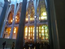 In der Sagrada Familia - Blick von innen Richtung Passionsfassde